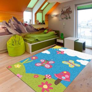Flower Printed Kids Play Carpet in Kindergarten
