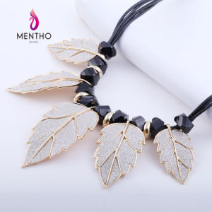 New Design Leaf Style Fashion Costume Jewelry Pendant Alloy Necklace pictures & photos