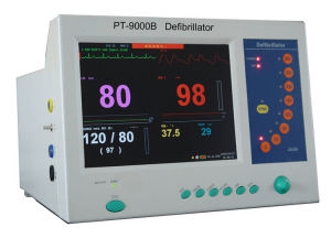 PT-9000b Medical Equipment Price of Portable Defibrillator Monitor pictures & photos