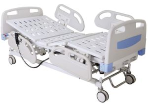 CE Certificate Electric & Manual Three Functions Hospital Bed (SK-EB105) pictures & photos
