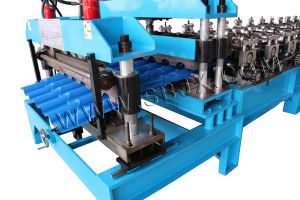 Half Round Tile Roll Forming Machine pictures & photos