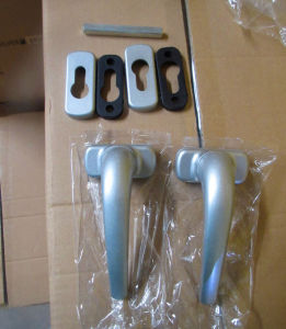 Silver Color Aluminum Level Door Handle Hl-01 pictures & photos