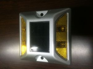 New Mode Aluminum Solar Road Stud with Anchor pictures & photos