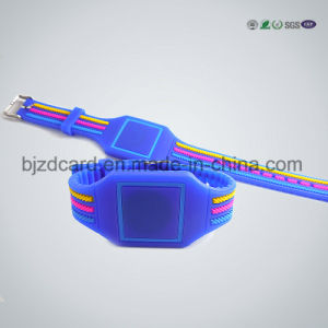 Silicon Waterproof RFID Wristband Bracelet Custom Design NFC Wristband pictures & photos