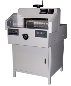 Electric Paper Cutting Machine (GT-670A) pictures & photos