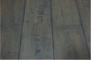Oak Engineered Wood Flooring / Parquet pictures & photos