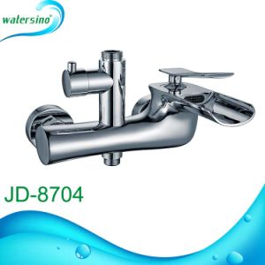 Brass Waterfall Bathtub Mixer with Good Quality pictures & photos