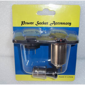 12V 15A DC Waterproof Power Extension Socket Cigarette Lighter Socket pictures & photos