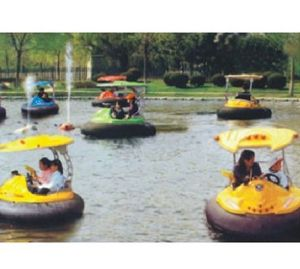 2017 Hot Sell Newest Design Battery Bumper Boat (JS5012) pictures & photos