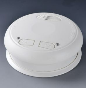 Wireless Online Smoke Alarm (with battery) pictures & photos