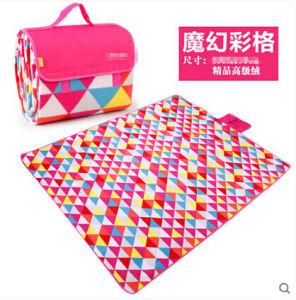 Magic Colorful Plaid Microfiber Picnic Blanket pictures & photos