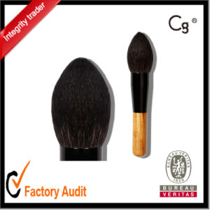Powder Cosmetic Brush with Wood Handle Black Goat Hair pictures & photos