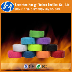Reusable Hook and Loop Fireproof Magic Tape for Garments pictures & photos