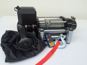 Waterproof 12000 Lb 4X4 Truck Winch pictures & photos