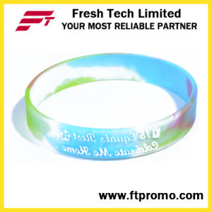 Promotional Gift Sports Silicone Wristband for Embossed pictures & photos