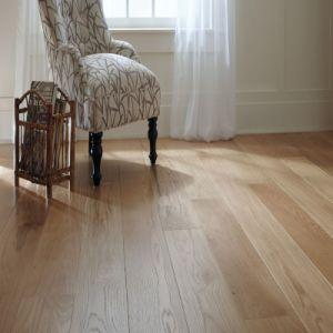 Wide Plank Oak Engineered Wood Flooring pictures & photos