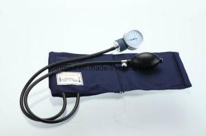 Standard Aneroid Sphygmomanometer pictures & photos