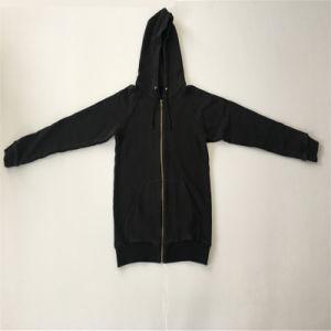 Man Zip up Pocket Coat in Man Hoodie