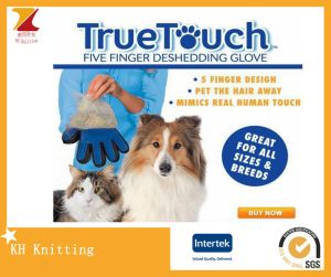 Best Selling Dog Products Pet Accesories Dog Grooming Gloves pictures & photos