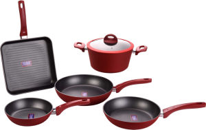 Nonstick Aluminium Forged Pans Set with Red Outside Coating pictures & photos