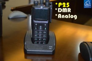 Military GPS Portable Transciver in 136-174MHz, GPS UHF Portable Radio pictures & photos