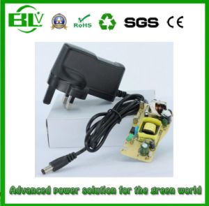 Factory Price 100V-240V Smart AC/DC Adapter for Battery About 8.4V2a Battery Charger pictures & photos