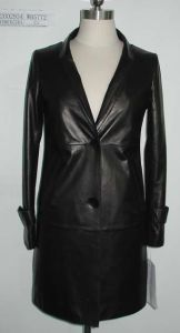 Ladies Leather Coat, Fashion Clothing, Genuine Leather Garments pictures & photos