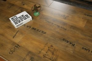 Classical V-Groove Laminate Floor pictures & photos