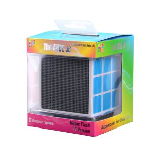 Factory Customized Newest 36 LED Light Rubik′s Cube Best Bluetooth Speaker 2017 (OITA-6625A) pictures & photos