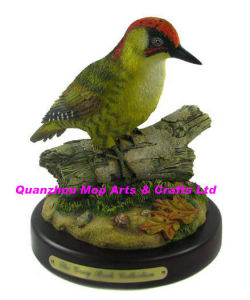 Polyresin Green Woodpecker Figure, Resin Woodpecker pictures & photos