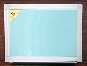 Whiteboard (WY-82)
