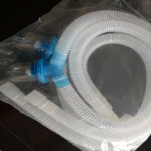 Disposable Corrugated Breathing Circuit with Watertraps pictures & photos