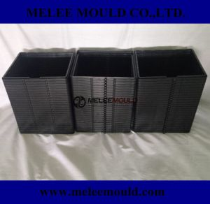 Melee Plastic Frame Injection Precision Mould Export UK pictures & photos