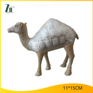 Boutique Camel Shape Christmas Glass Decoration pictures & photos
