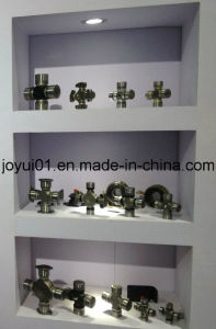 Universal Joint with 4 Welded Plate Type Round Bearings pictures & photos