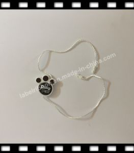 Customized Plastic Seal Tag for Garment (ST067) pictures & photos