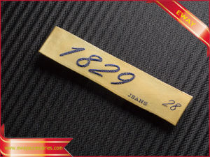 High Quality Woven Label Clothing Satin Label pictures & photos