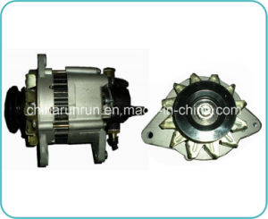 Auto Alternator for Isuzu 4bc2 (8-94472-330-0 24V 35A) pictures & photos
