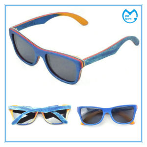 UV 400 Ultraviolet Photochromic Polarized Wooden Sunglasses pictures & photos