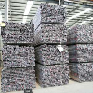 Huaye Grade 201 Stainless Steel Square Pipe pictures & photos