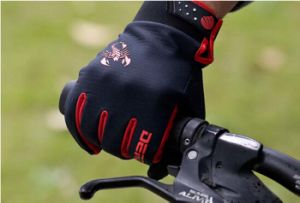 Bicycle Gloves Racing Gloves Windproof Cotton Gloves pictures & photos