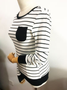 Fashion Black and White Strip Long Sleeve T Shirt Women Clothes pictures & photos