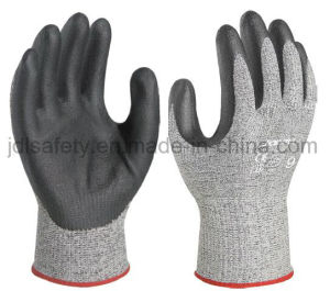 Industrial Work Glove with Black Foam Nitrile Coated (NDF8032) pictures & photos