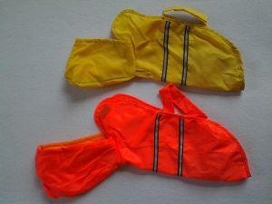 Dog Clothes Coat Product Waterproof Raincoat Pet Clothes pictures & photos