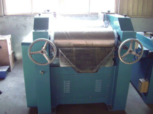 Three Roll Mill, Triple Roll Grinding Machine, 3-Roller Mill pictures & photos