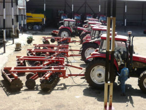 Agriculture Hydraulic Trailed Farm Heavy-Duty Disc Harrow pictures & photos