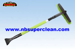 High Quality Car Wash Equipment Telescopic Snow Brush with Ice Scraper (CN2287) pictures & photos