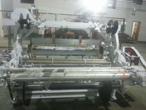 Hyr 737-190t Plain Weaving Rapier Loom pictures & photos