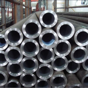 ASTM A333 -30/-20 Seamless and Welded Steel Pipe for Low Temperature Service pictures & photos