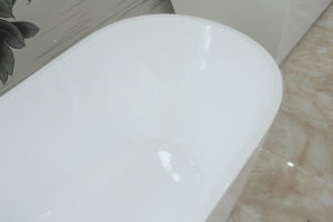 Sanitary Ware Bathroom Shower Acrylic Free Standing Round Bathtub pictures & photos